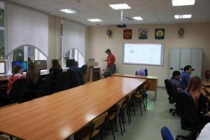 Преподаватели и студенты в одном строю